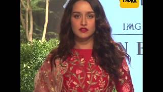 Shraddha Kapoor looks sensational as she turns showstopper for Rahul Mishra at LFW