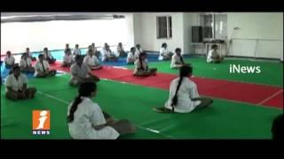 Sujok Therapist Sasikanth Sharma Yoga Asanas In Panineeya College | International Yoga Day | iNews
