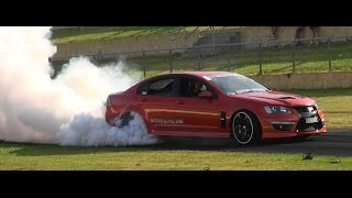 IMGONE VE SS COMMODORE AT BURNOUT MANIA SYDNEY DRAGWAY