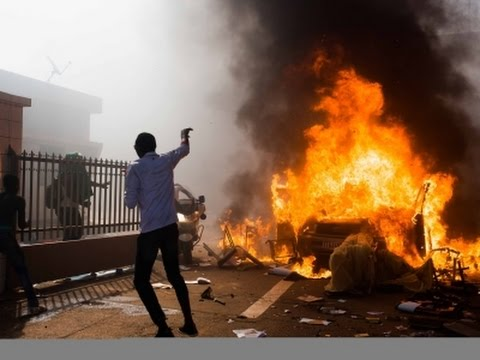 Raw- Burkina Faso Parliament Burns Amid Protests News Video