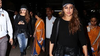 Sonakshi Sinha Return From Da-Bangg Tour Spotted At Airport