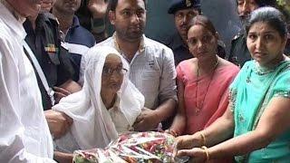 पाक दे 7पैटर्न टेक तबाह करन वाले शहीद को श्रद्धाँजलि देने अमृतसर पहुँची पत्नी
