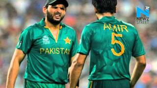 Pakistan cricket team booed on arrival in Lahore News Video