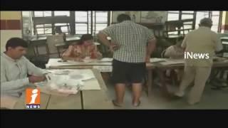 Municipal Corporation 2017 Election Running Peaceful In delhi   iNews