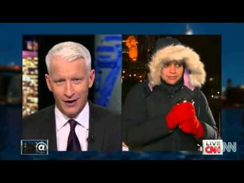 Stephanie Elam makes snow News Video