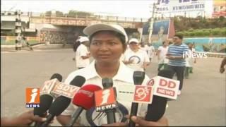 2K Run Conducts In Rajamahendravaram On Occasion Of International Women's Day | iNews