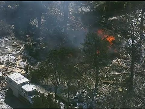Raw- Natural Gas Blast Destroys Home, Injures 3 News Video