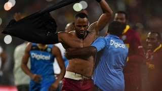 World T20- Marlon Samuels Takes Pot-Shot at Shane Warne Post West Indies' Record Triumph - Sports News Video