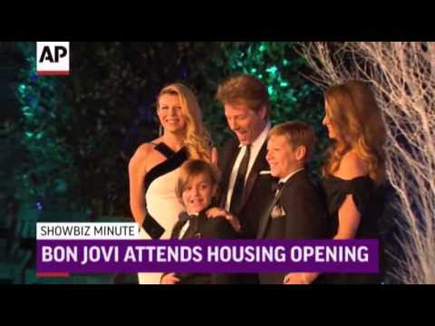 ShowBiz Minute- Bieber, Bon Jovi, Barrymore News Video