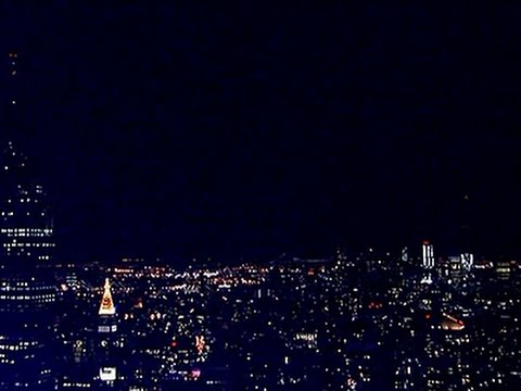 Raw- Lights Out in New York for Earth Hour News Video