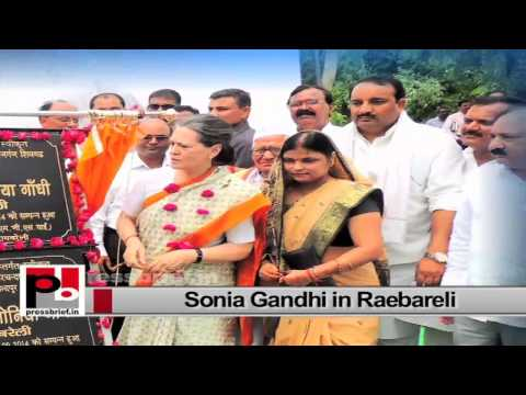 Sonia Gandhi visits Raebareli, launches various welfare projects