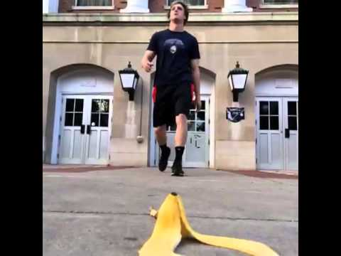 That was a close one ... (Vine Video) - 7 Seconds Funny Video