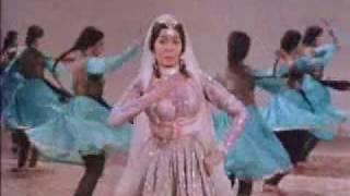 Mohabbat ko Yehan ta Aaj ke Insaan le Aaye - Mere Mehboob(1963) - Lata Mangeshkar - {Old Is Gold}