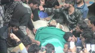 Thousands attend funeral of slain Hizb militant Aqib Itoo in Gopalpora Kulgam