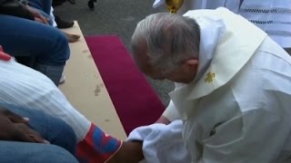 Raw- Pope Francis Washes Feet on Holy Thursday News Video