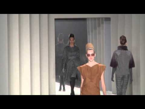Herrera Takes on New Proportions at NYFW News Video
