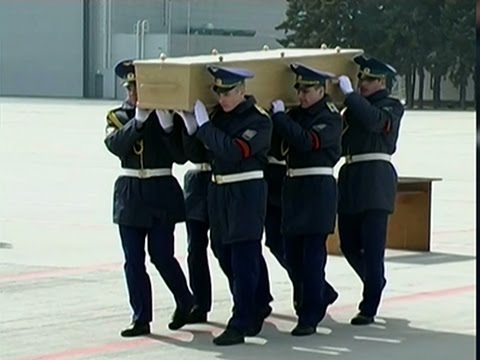 Raw- MH17 Remains Flown to Netherlands News Video
