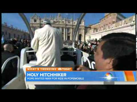 Holy hitchhiker! Pope Francis gives a lift News Video