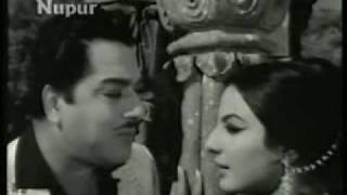 Tum Kitni Khoobsurat Ho - Wahan Ke Log (1967) - Mahendra Kapoor - {Old Is Gold}