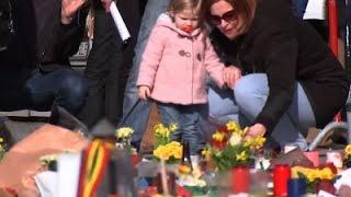 Raw- Brussels Victims' Memorial Keeps Growing News Video