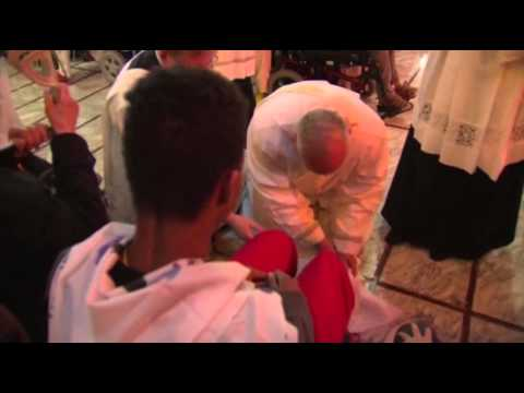 Raw- Pope Francis Performs Pre-easter Ritual News Video