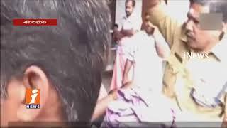 Women Tries To Enter Sabarimala Ayyappa Temple | Police Stops | iNews