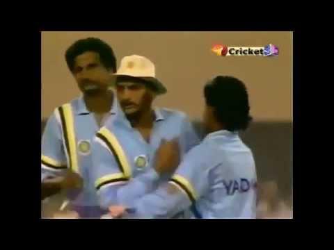 Sachin Tendulkar - THE GREATEST OVER EVER Bowled b    (video id -  341f909e7f31)