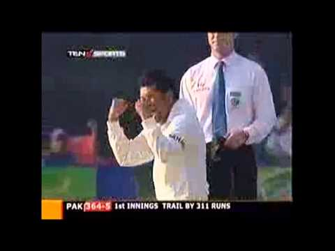 "Sachin Tendulkar ""Spin it like Shane WARNE"" MYSTERY ball *HD MUST WATCH !! - Cricket Classic Video"