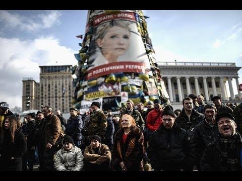 Ukraine Arrest warrant issued for Viktor Yanukovych over killings of civilians News Video