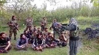 कश्मीर में आतंकियों को दहशत फैलाने की ट्रेनिंग का Exclusive Video